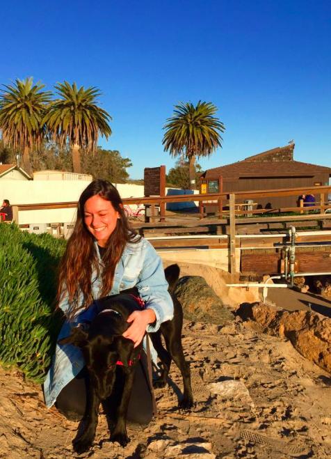 foto ragazza con cane California