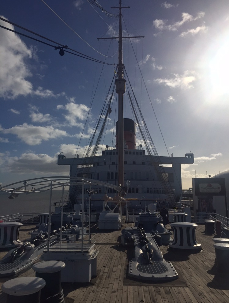 Nave Queen Mary vista