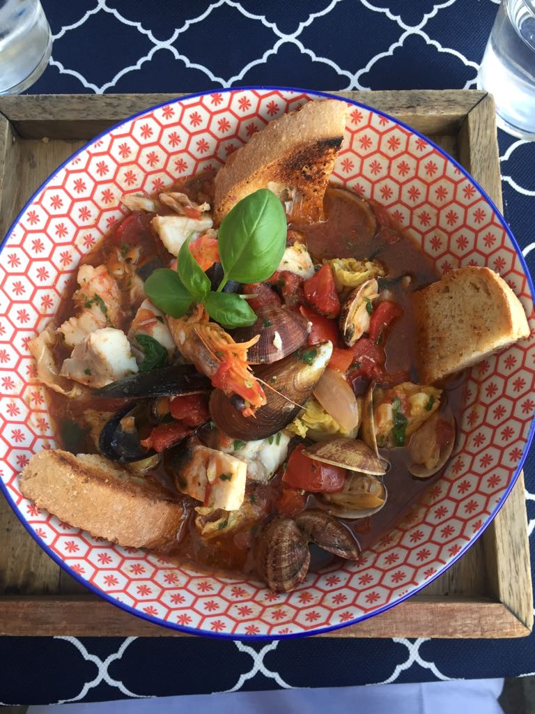 zuppa di pesce a monterosso